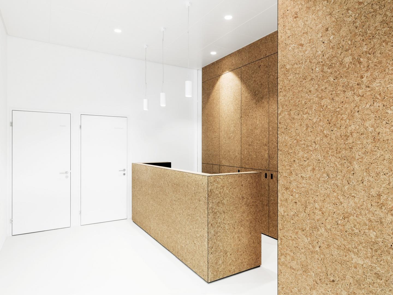 Naturkork als talentreiches Material sorgt für eine angenehme Raumsituation © Andrin Winteler, bürobureau GmbH Ottilienstrasse 17 CH - 8003 Zürich
