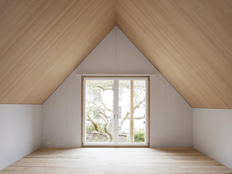 Schlafzimmer Quergiebel © Christian Senti
