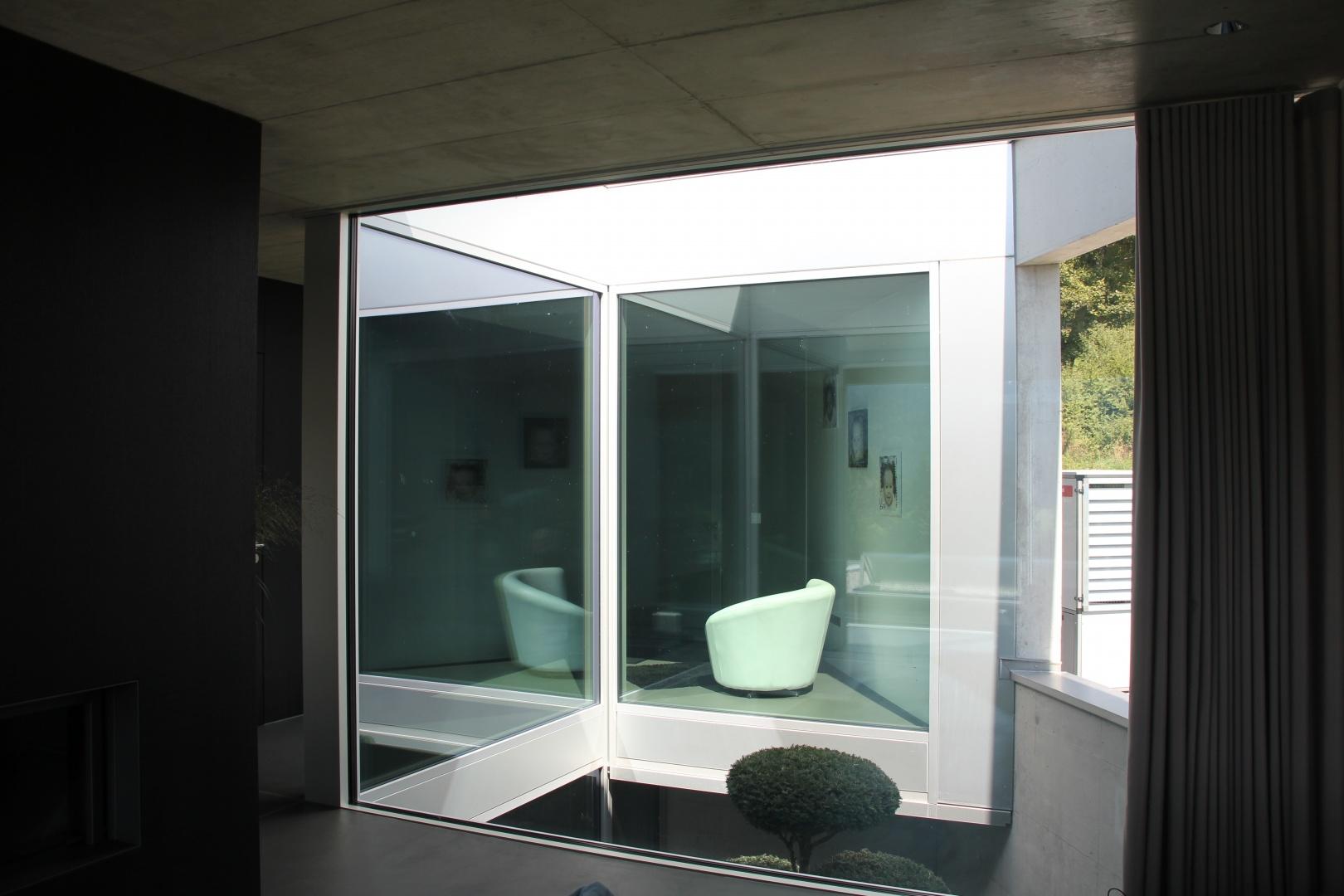 patio vu depuis le séjour © kaiser & wittwer sa