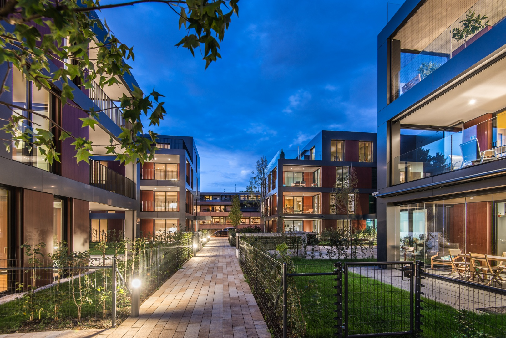 Nachtaufnahme Blick auf Haus C+A © Ferrara Architekten AG