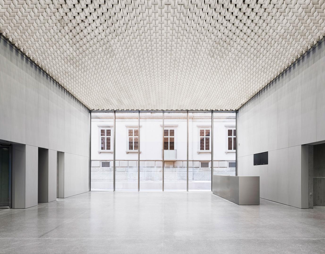 Foyer © Simon Menges