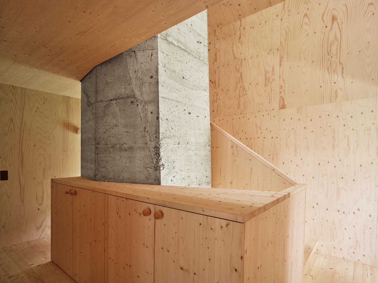 Treppenkern aus Beton  © Andreas Fuhrimann