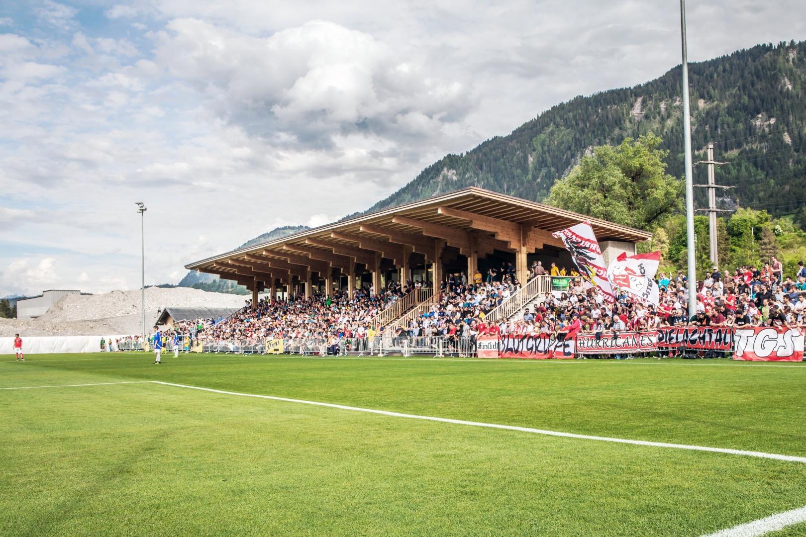 Freundschaftsspiel zwischen der Nationalmannschaft von Österreich und dem US Schluein Ilanz, während des Vorbereitungstrainingslager zur EM © US Schluein Ilanz