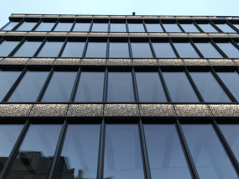 Façade rétro-éclairée © Vernet Hogge Architectes SA