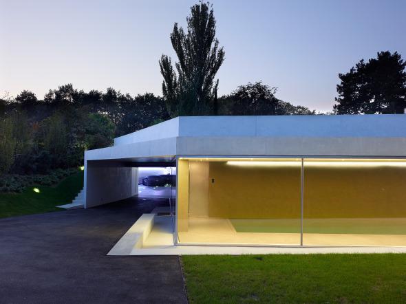 Agrandissement d 39 une villa avec piscine int rieure for Recherche villa avec piscine