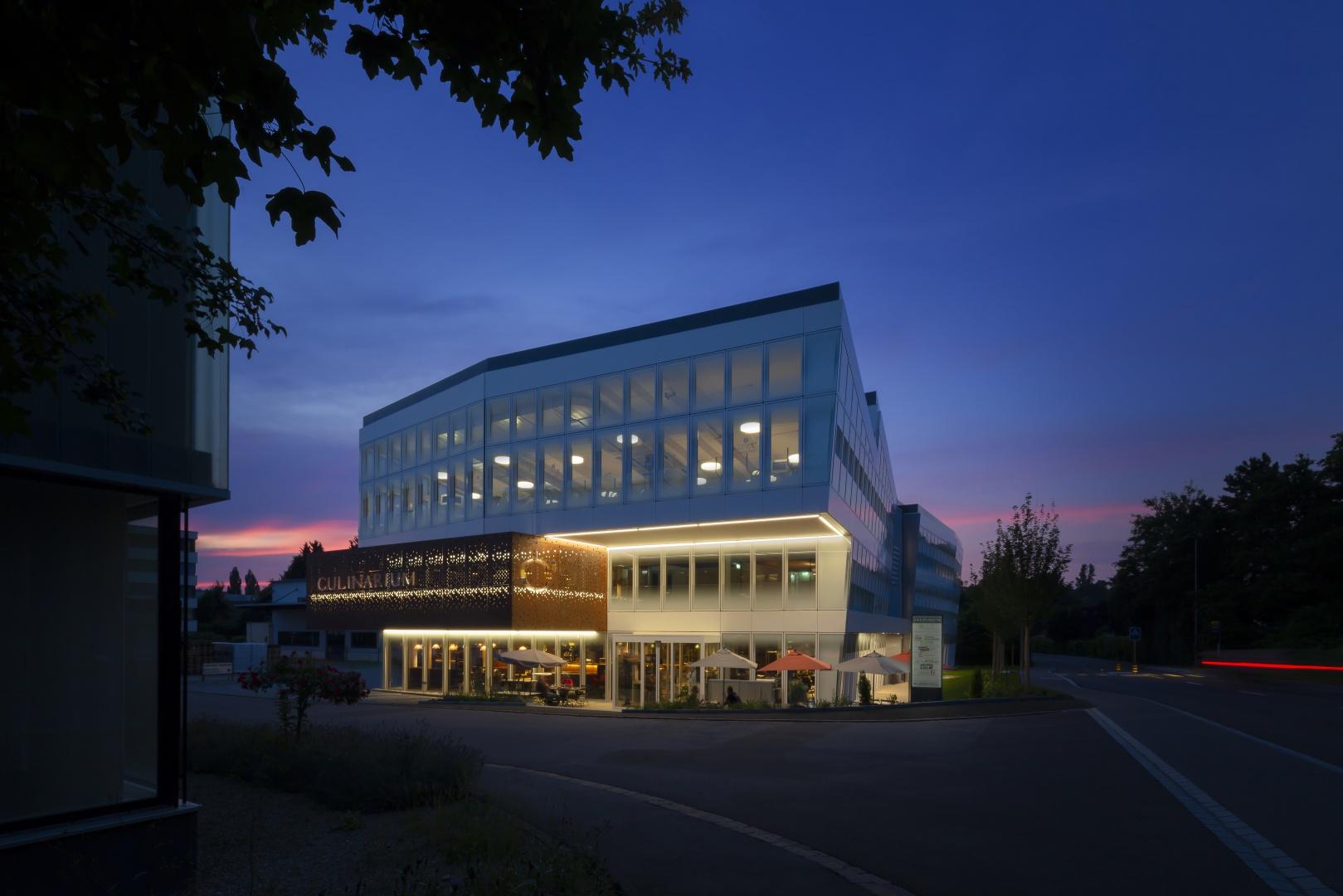 Abenddämmerung © Fox Wälle Architekten SIA GmbH, Arlesheim