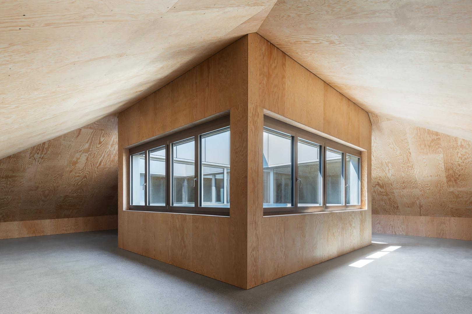 Atrium Dachgeschoss © HSB Architekten GmbH, Poststrasse 1, 4500 Solothurn