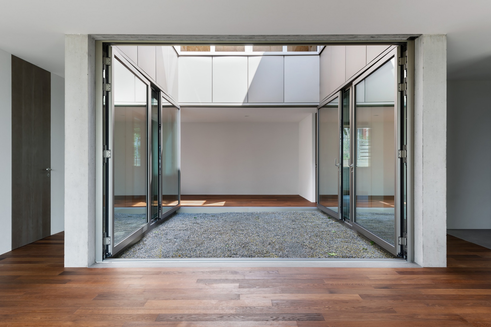 Atrium Erdgeschoss © HSB Architekten GmbH, Poststrasse 1, 4500 Solothurn