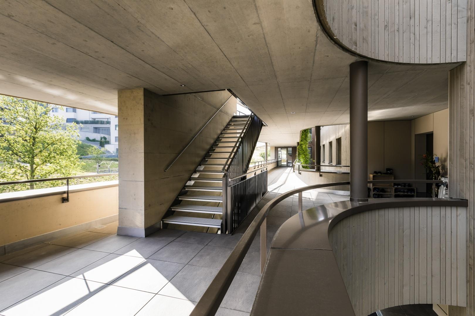 Laubengänge mit Treppe © IMAGESTUDIO | philipp koch photography