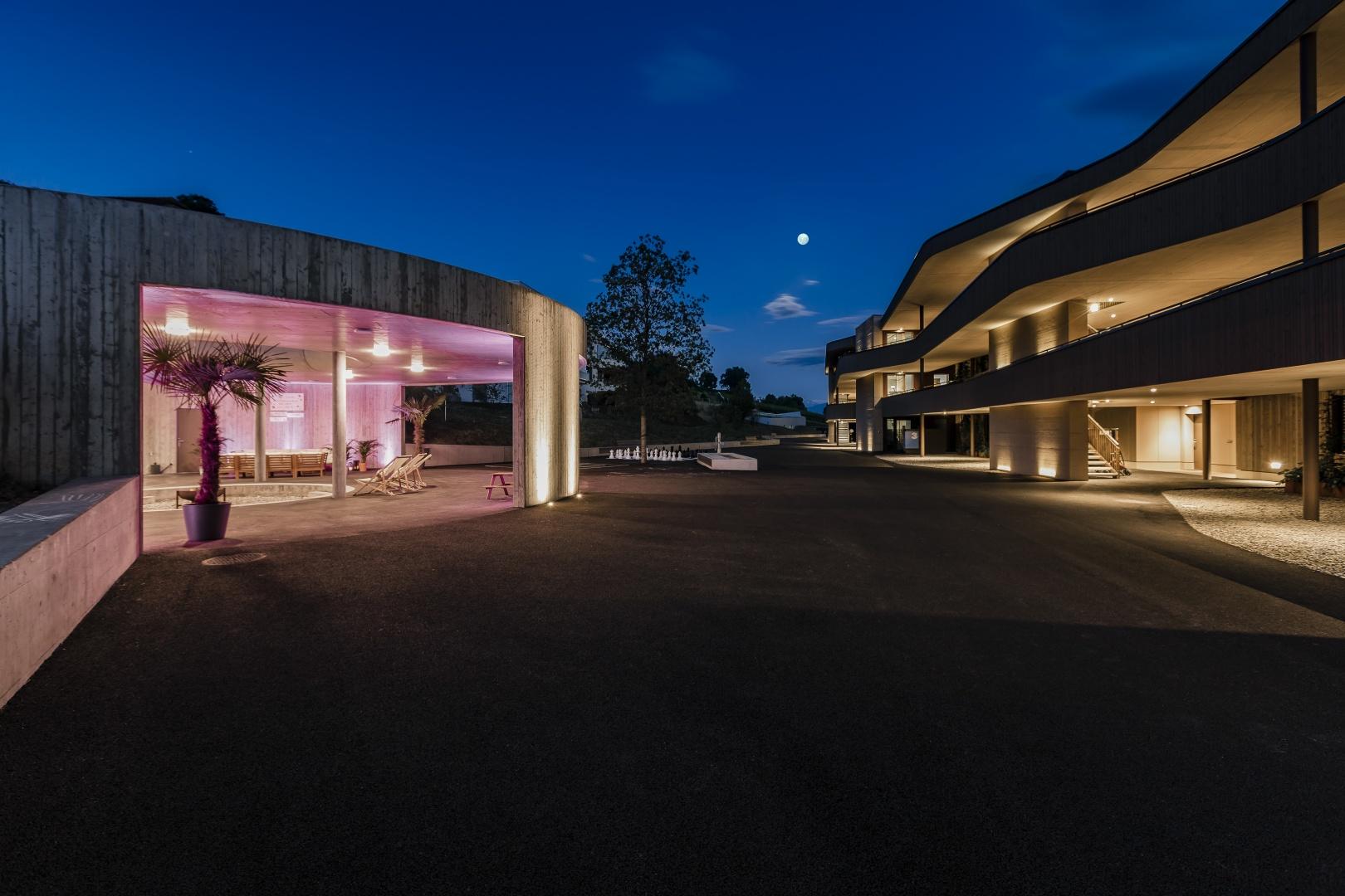 Rückansicht mit Pavillon bei Dämmerung © IMAGESTUDIO | philipp koch photography