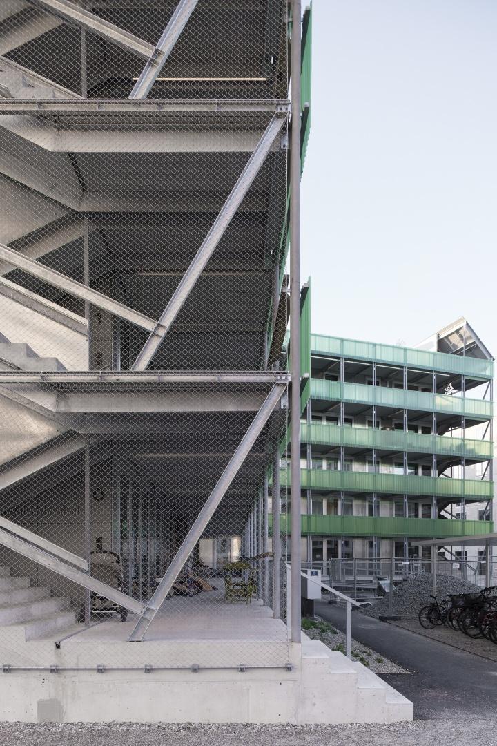 Stadterle Treppenhaus © Basile Bornand
