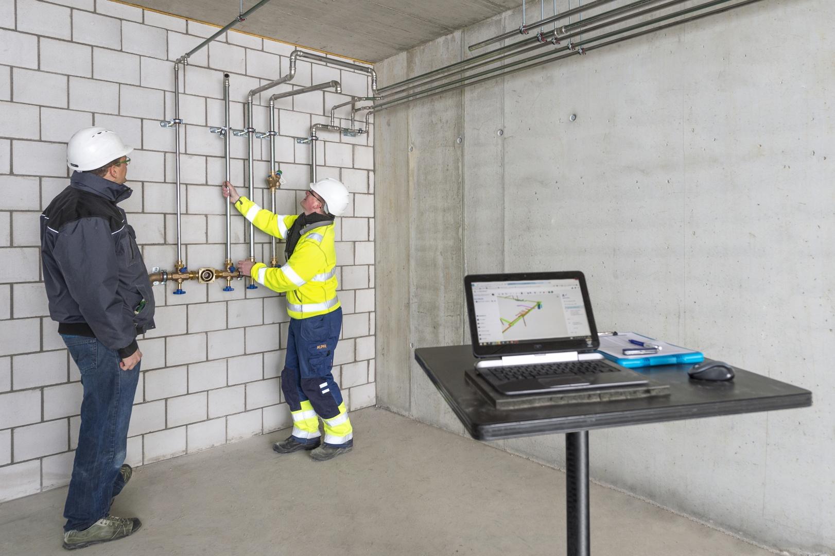Rohrleitungsmontagen nach digitalem z-Mass Prozess © Alpiq InTec Schweiz AG, Webereiweg 6, 4802 Strengelbach