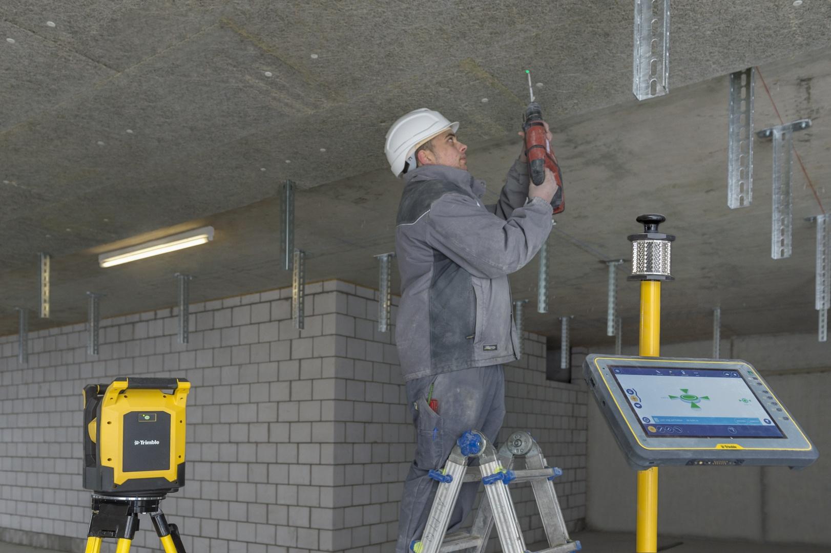 Arbeitspaket Befestigungstechnik © Alpiq InTec Schweiz AG, Webereiweg 6, 4802 Strengelbach