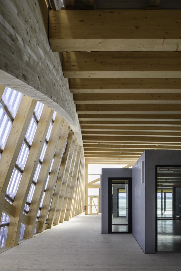 Innenraum EG, Module von außen © Blumer-Lehmann AG, Erlenhof, CH-9200 Gossau