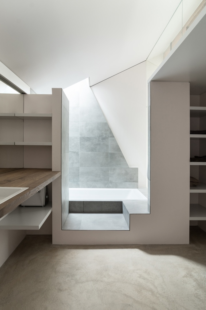 Badezimmer 4. Etage © Samuel Nugues, Mangeat-Wahlen Architectes Associés