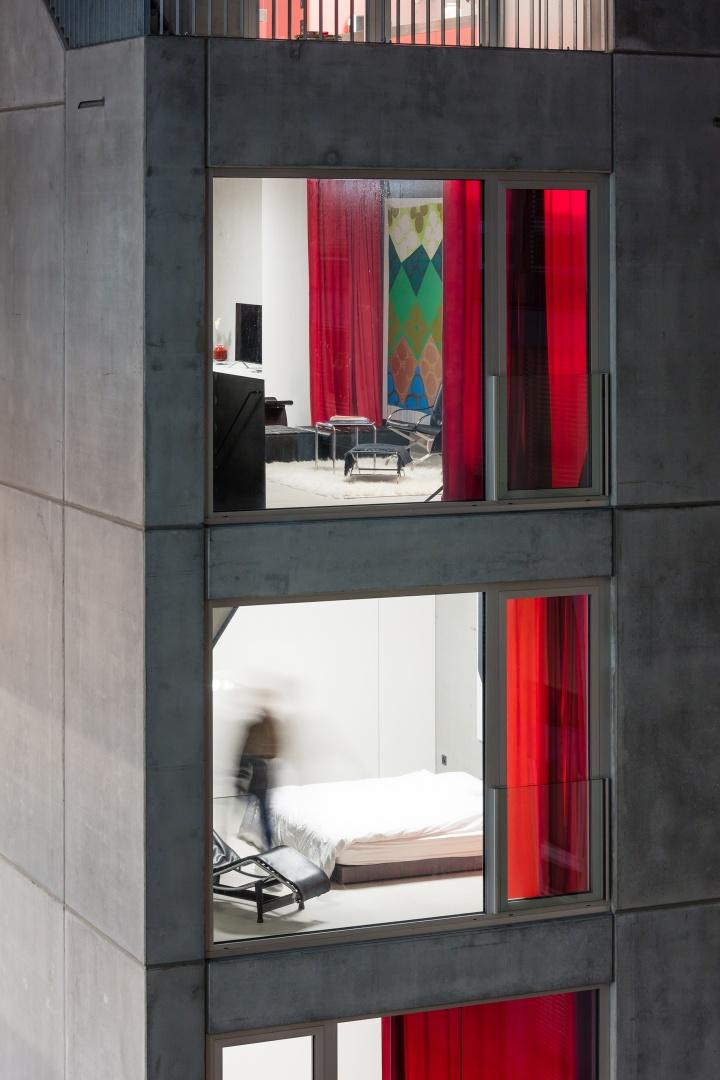 Fensterfront © Radek Brunecky