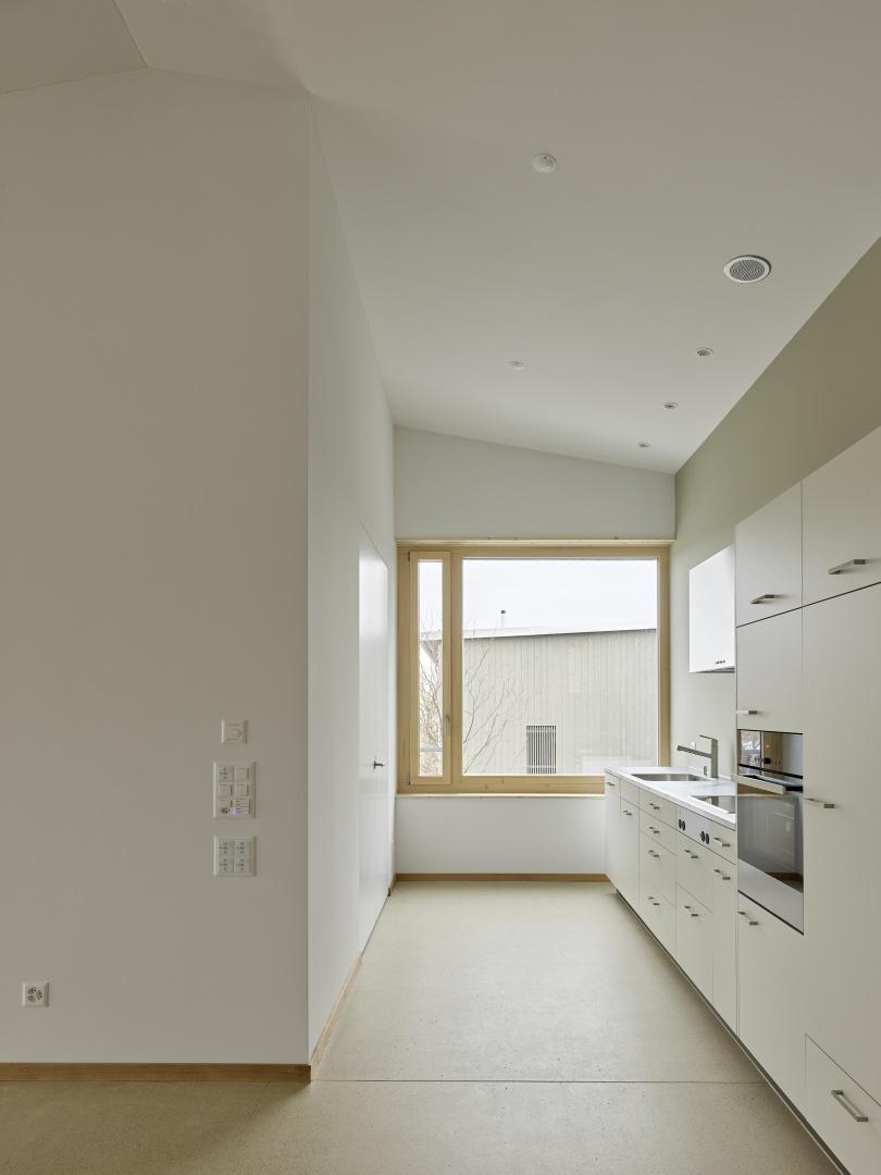 Wohnung OG02 Küche © Antoniol + Huber + Partner, Zürcherstrasse 125, 8500 Frauenfeld