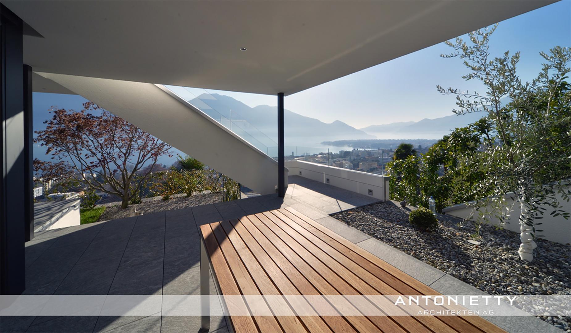Terrasse © Carlos Antonietty, Antonietty Architekten AG, Bürgenstrasse 23, 6005 Luzern