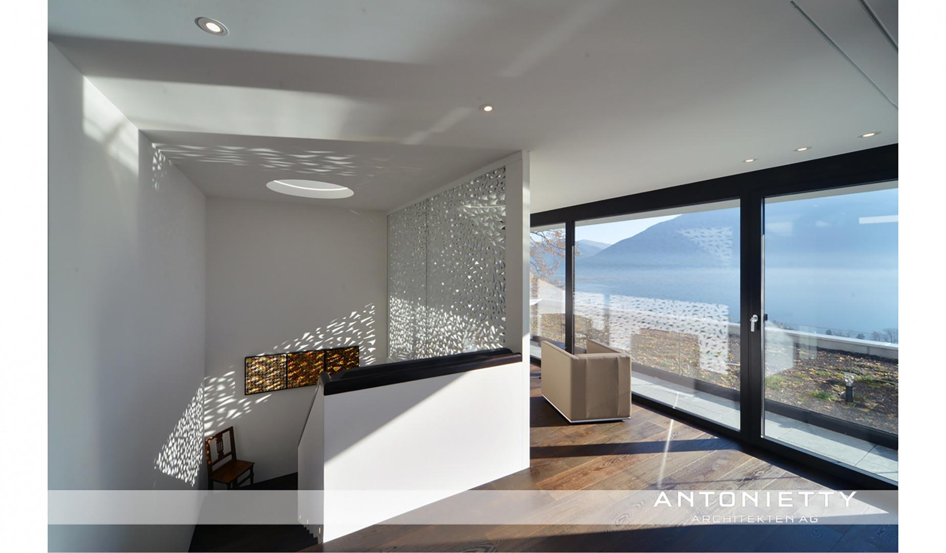 Treppe mit perforierter Wand © Carlos Antonietty, Antonietty Architekten AG, Bürgenstrasse 23, 6005 Luzern