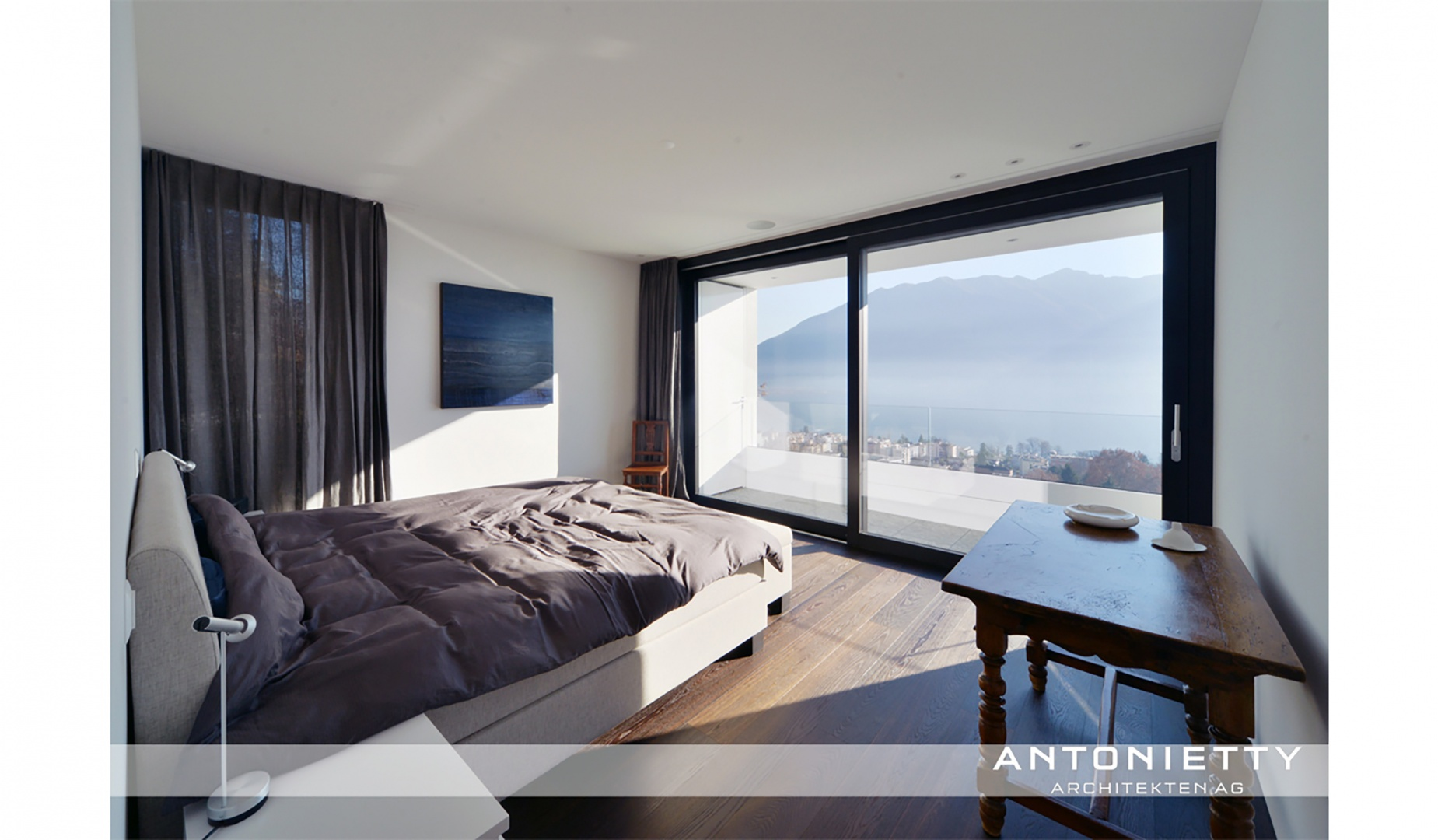 Schlafzimmer © Carlos Antonietty, Antonietty Architekten AG, Bürgenstrasse 23, 6005 Luzern