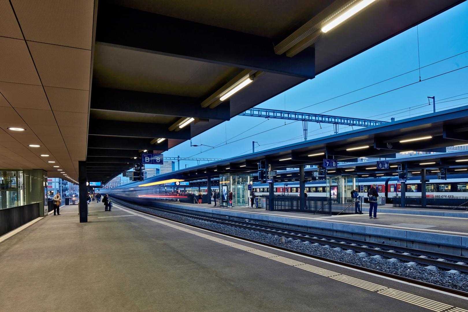 Neue Perrondächer © René Dürr Architekturfotografie