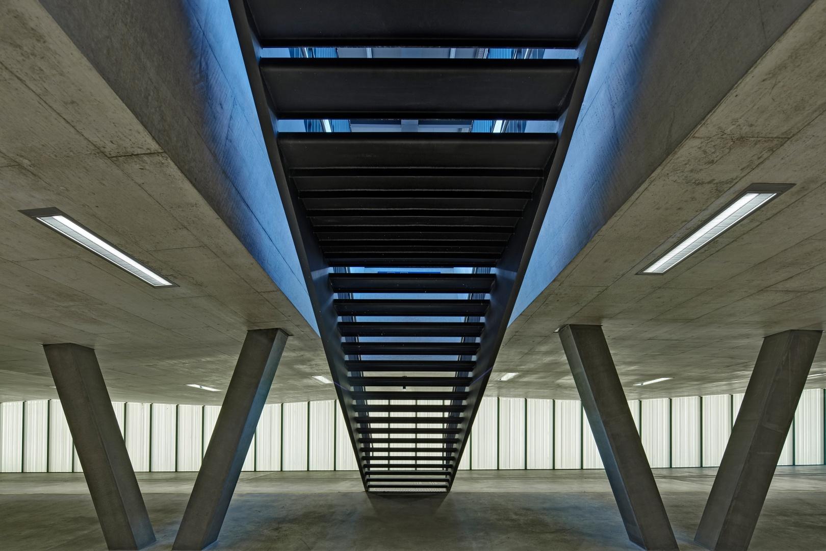 Quartierverbindung mit Perrontreppe © René Dürr Architekturfotografie
