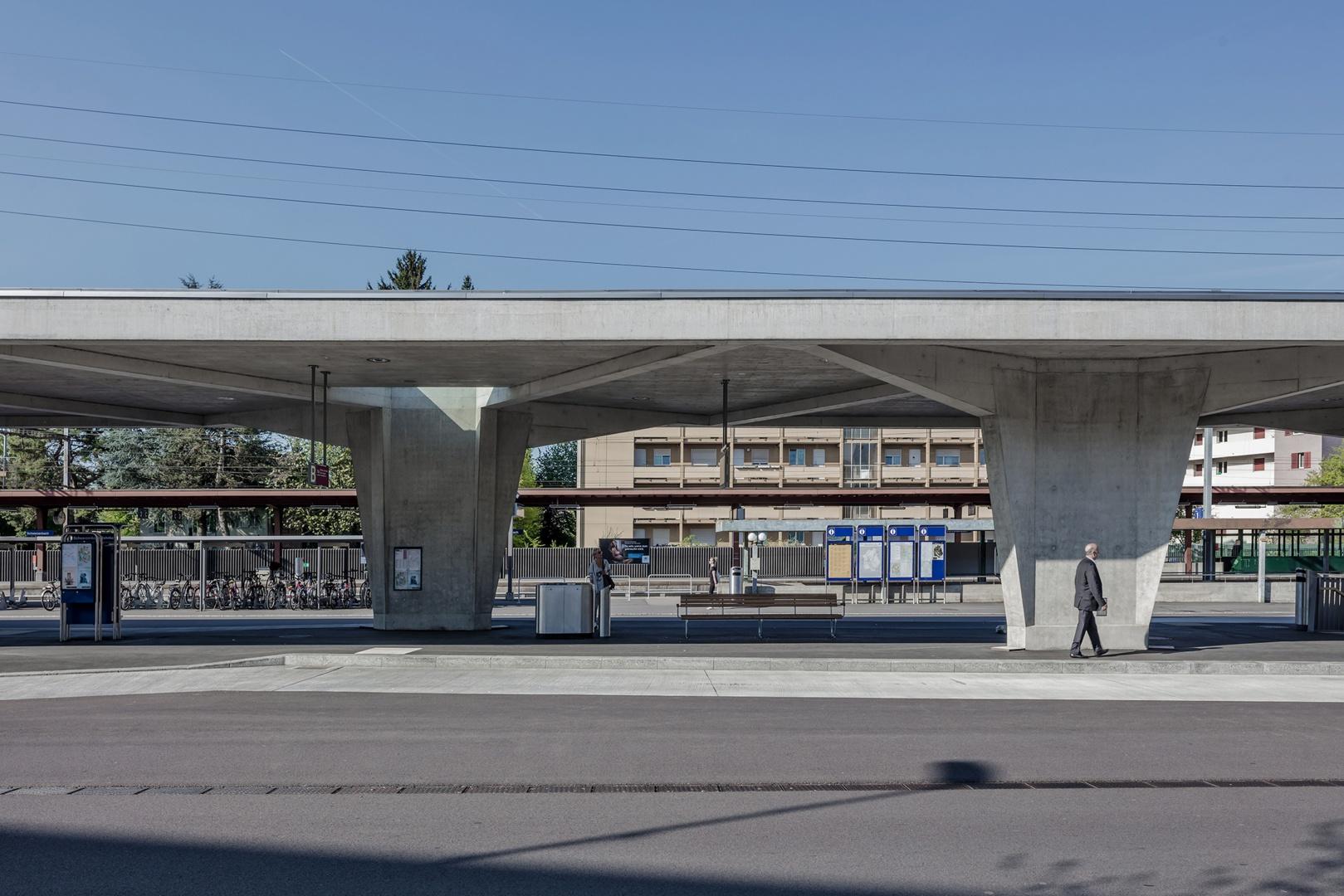 Alternierende Stützenansicht © René Dürr Architekturfotografie