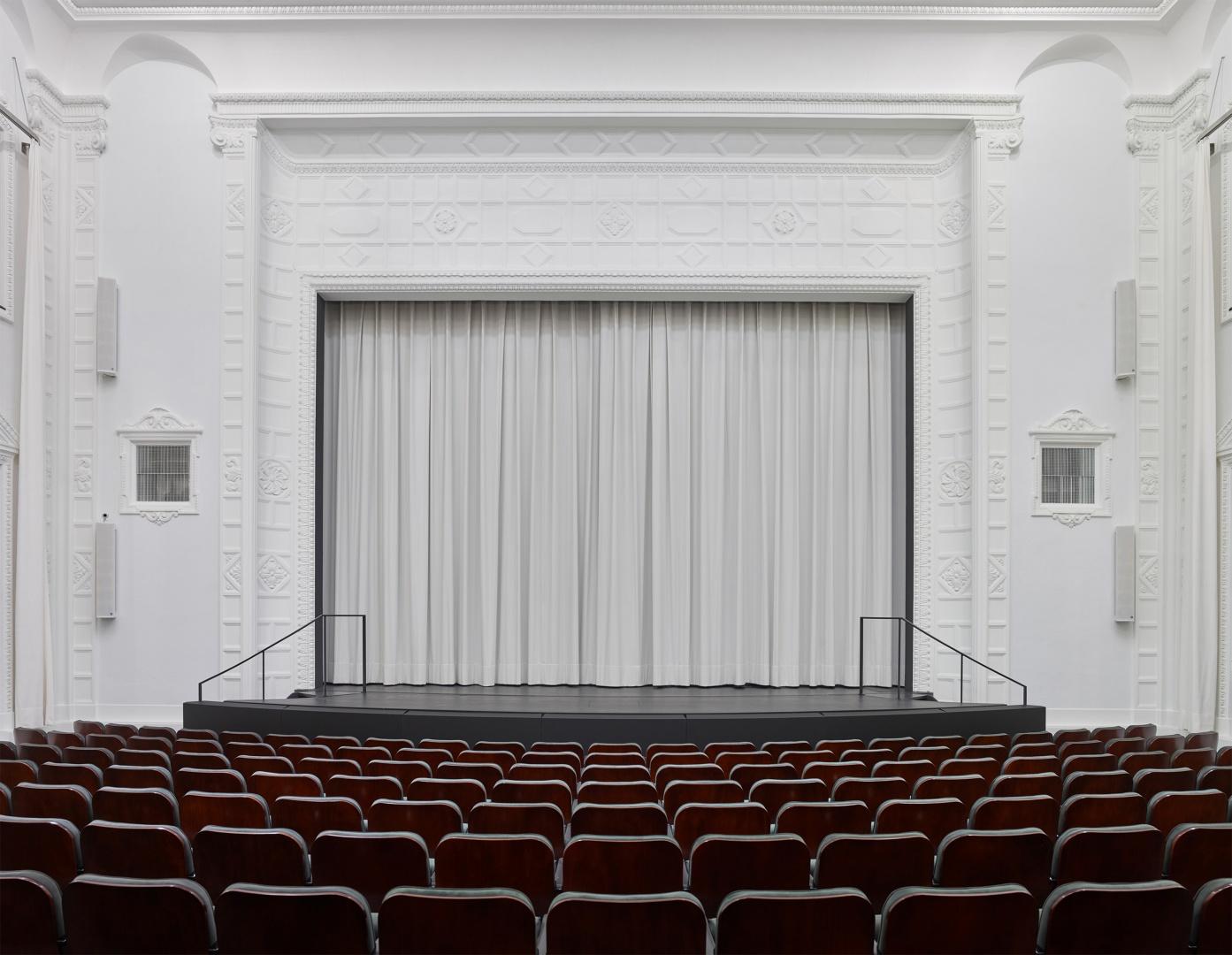 Theatersaal © Adrian Scheidegger