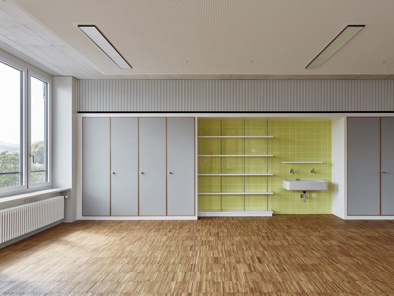 Klassenzimmer OG © Roland Bernath, Altstetterstrasse 161, 8048 Zürich