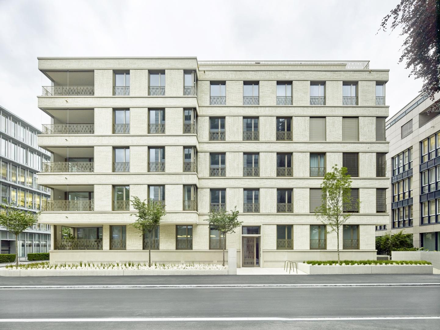 Eingangsfassade © Jürg Zimmermann, Frohalpstrasse 91, 8038 Zürich