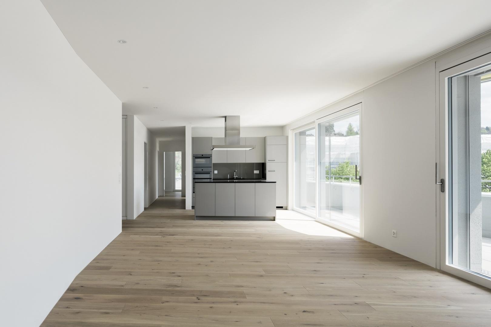 Innenansicht_Wohnen_Kochen © Hunziker Architekten AG