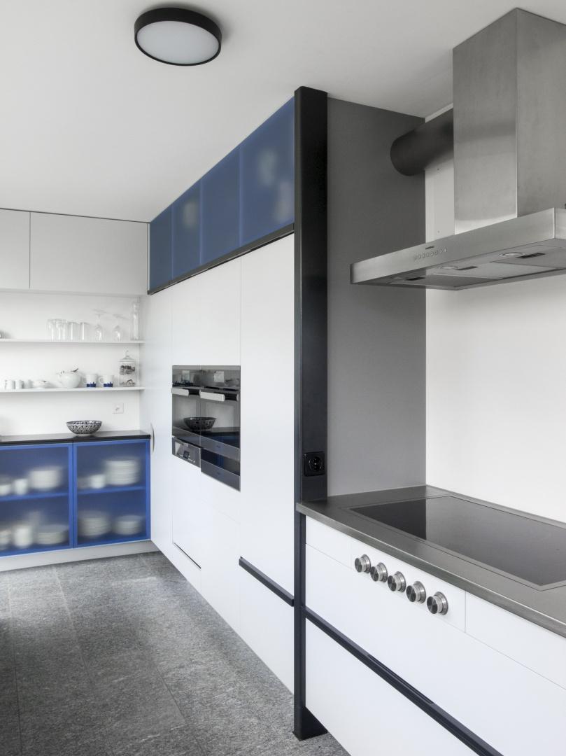 Kochnische mit Schrankwand © © DU STUDIO, Zürich