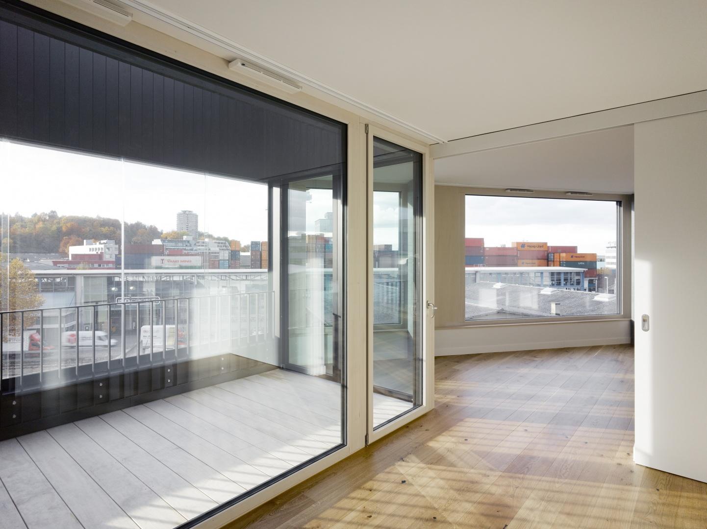Wohnung mit Aussicht © Johannes Marburg, Genf