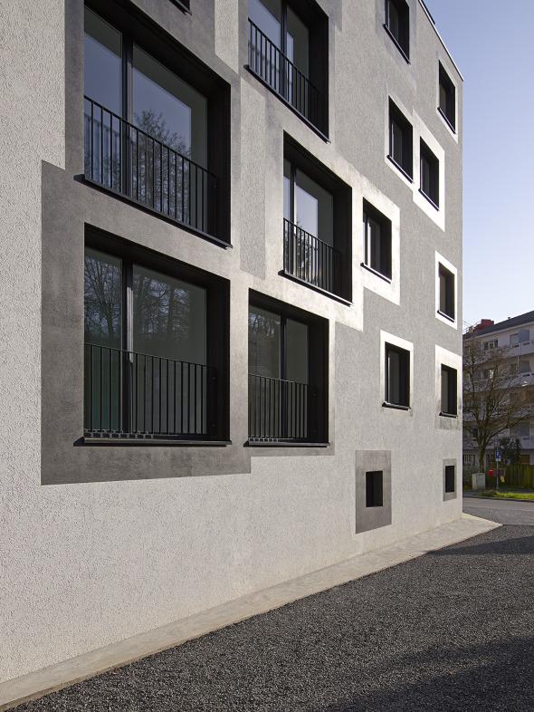 encadrement des fenêtres © Michel Bonvin