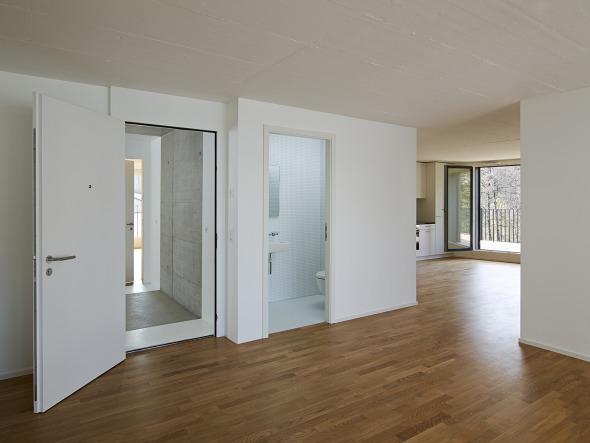 4,5 pièces en attique, espace jour traversant (photo michel bonvin)