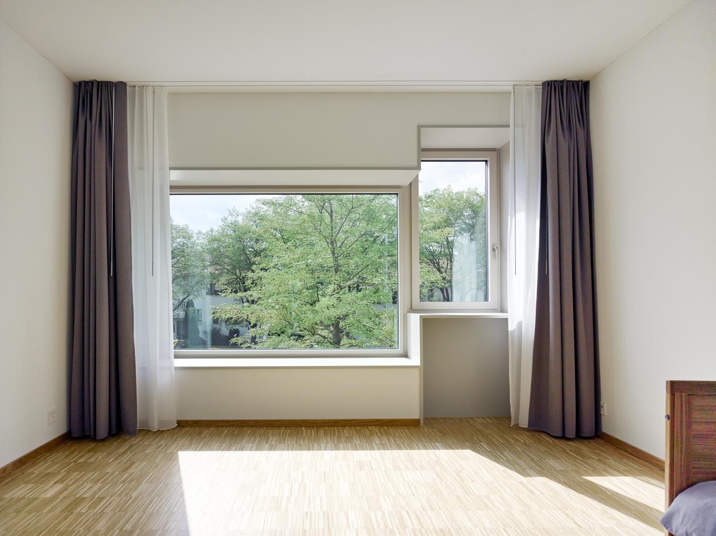 Standardzimmer mit Fensterkombination © Johannes Marburg