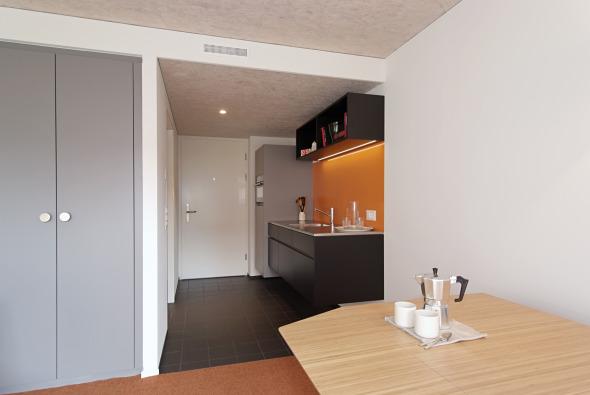 Innenaufnahme UNUS-Einheit / einfacher Ausbaustandard © adan&partner architektur