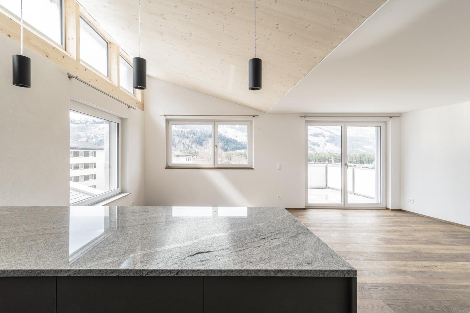 Wohnzimmer mit Küche 2.OG © Aurel Martin