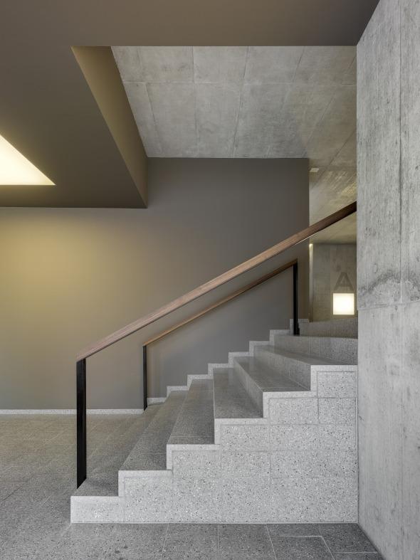 Le cage d'escalier relie la maison © Roger Frei, Zürich
