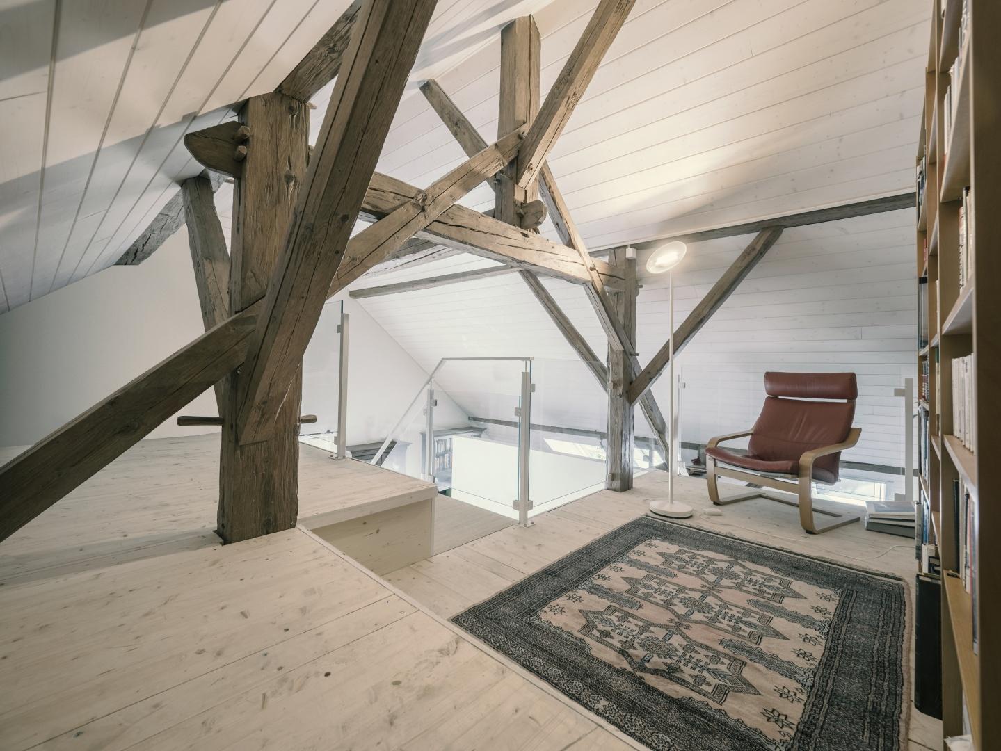 mezzanine © Michael Hartwell