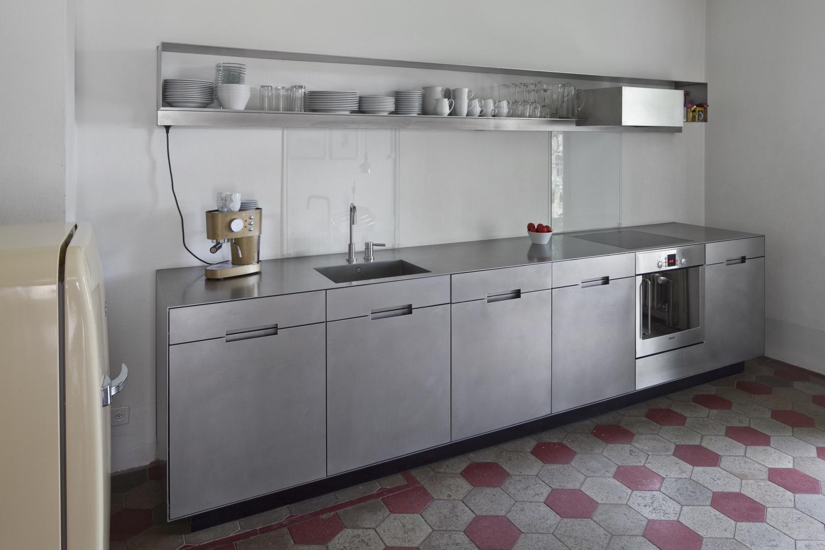 Küche im Hauptbau  © Stefan Weber, Fotograf, Hungerberg 9, 2565 Jens
