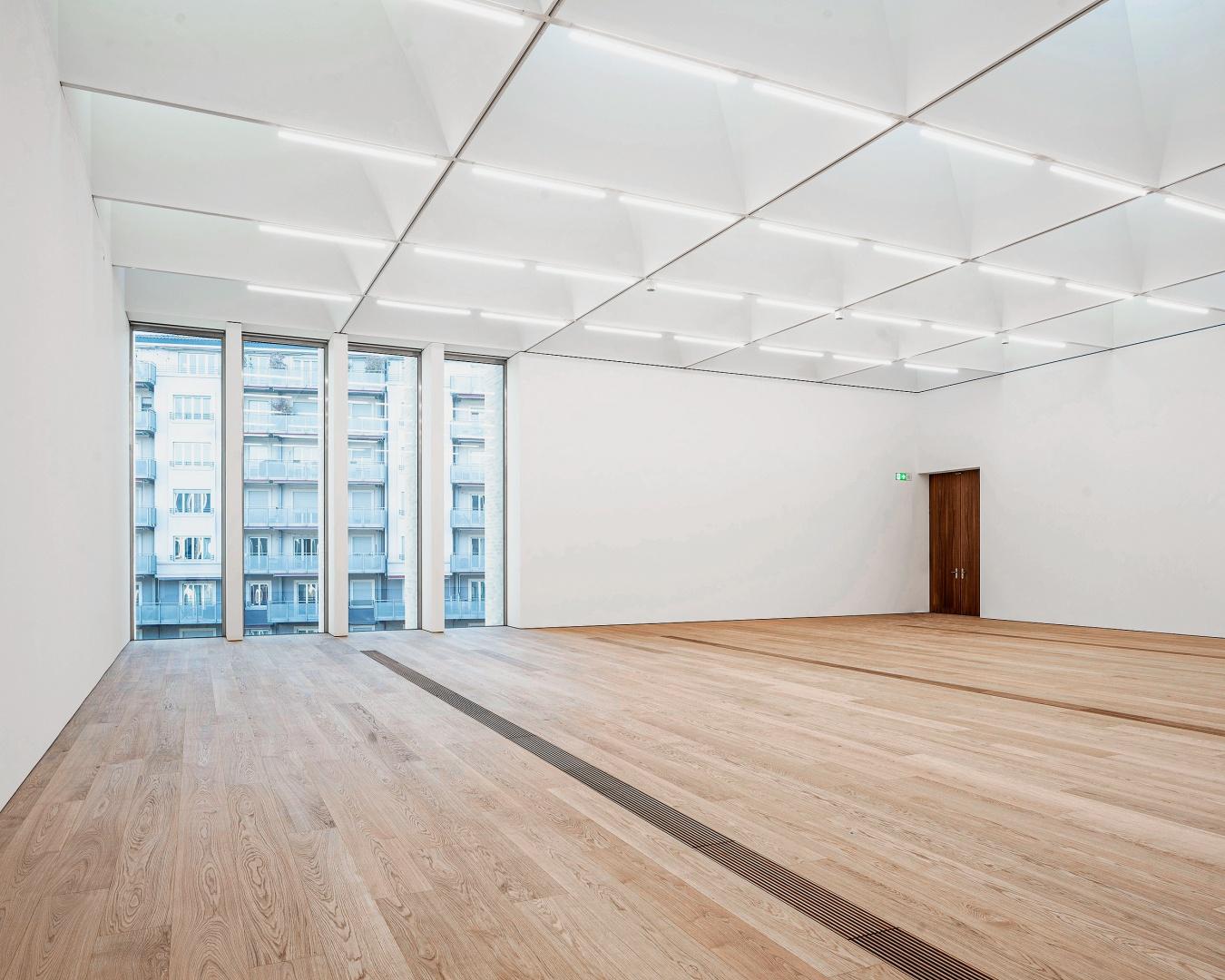 Im Erdgeschoss des  Gebäudes beherbergt das Museum die Sammlung  Félix Vallotton und die  Toms Pauli Stiftung. In  den Obergeschossen, in  den beiden symmetrischen Flügeln, befinden sich  die Räume für die Aus- stellungen. © Matthieu Gafsou