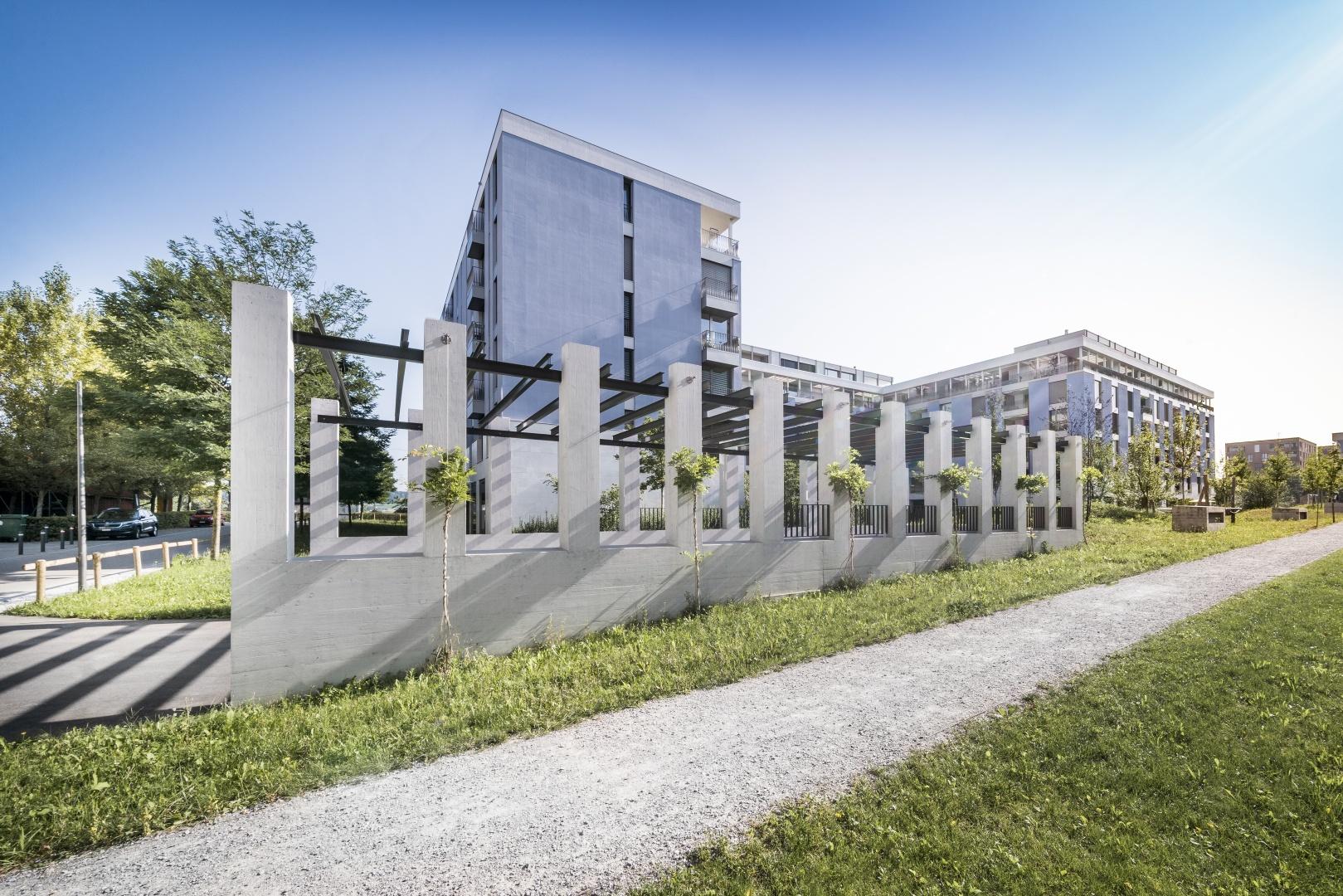 Garageneinfahrt südseitig © KMP Architektur AG, Wettingen