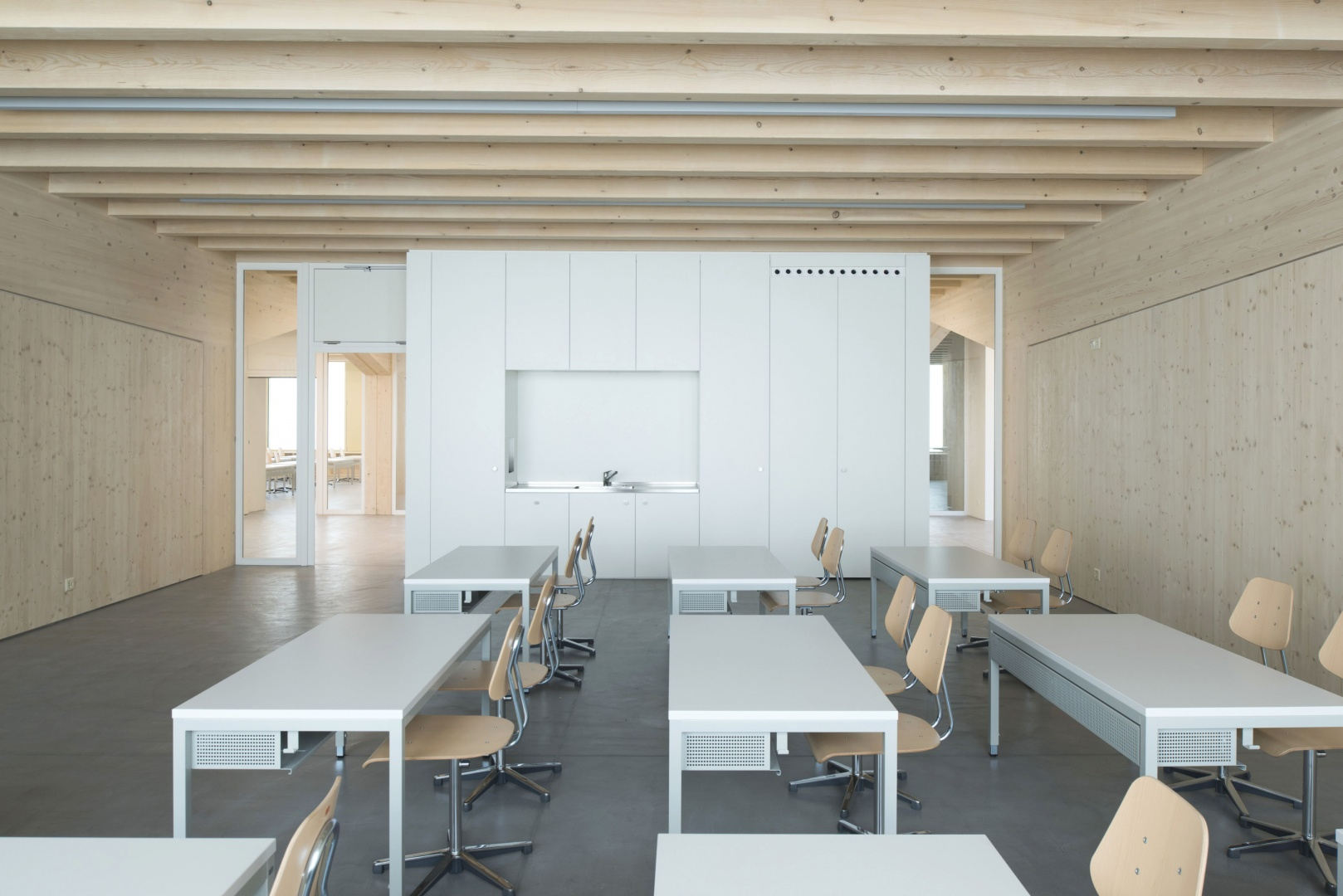 Klassenzimmer Ansicht 4 © Projet et réalisation : Ruffieux-Chehab Architectes SA, Photos : Primula Bosshard
