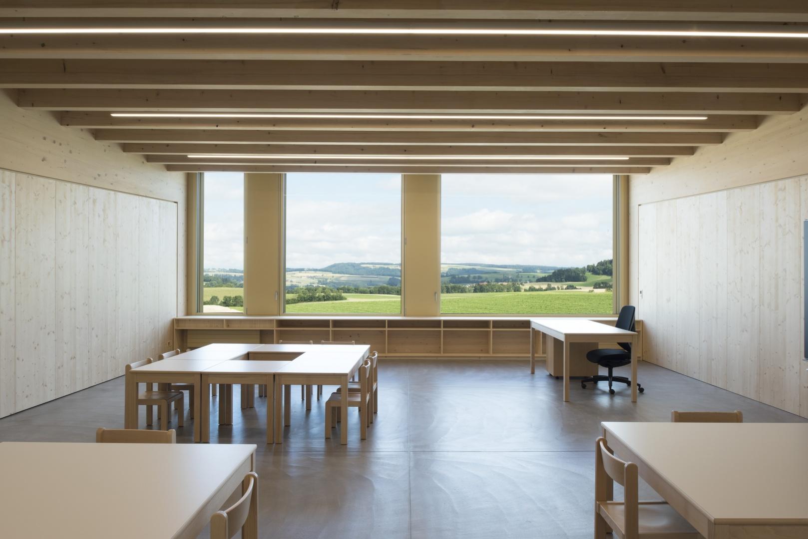 Klassenzimmer Ansicht 2 © Projet et réalisation : Ruffieux-Chehab Architectes SA, Photos : Primula Bosshard