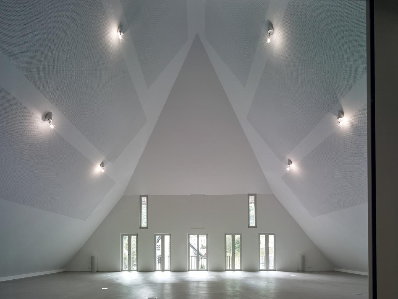 Die eigentliche Herkules-Aufgabe dieses grossartigen Projektes bestand im Ausbau der Inneren des Gebäudes. Es wurde vollständig isoliert und mit Gips ausgekleidet. © Werkhof