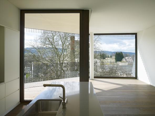 Die Überbauung besteht aus 51 Eigentumswohnungen mit 6 Wohnungstypen © Foto: Ruedi Walti, Basel