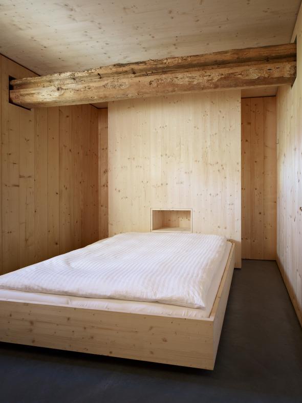 Die Einrichtung ist schlicht und funktional.  © Ruedi Walti, Basel