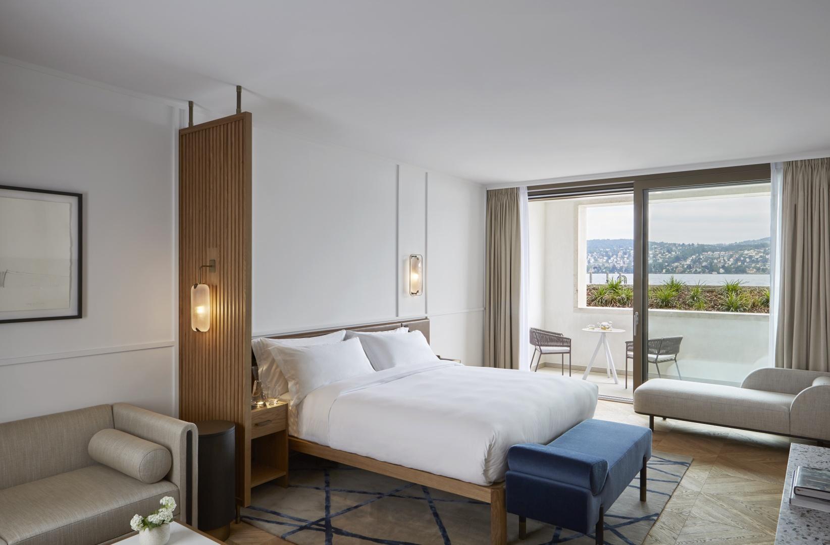 Toutes les suites et les lofts du penthouse sont orientés vers le  lac, éliminant ainsi les éventuelles nuisances sonores de la rue  derrière l'hôtel. © James McDonald