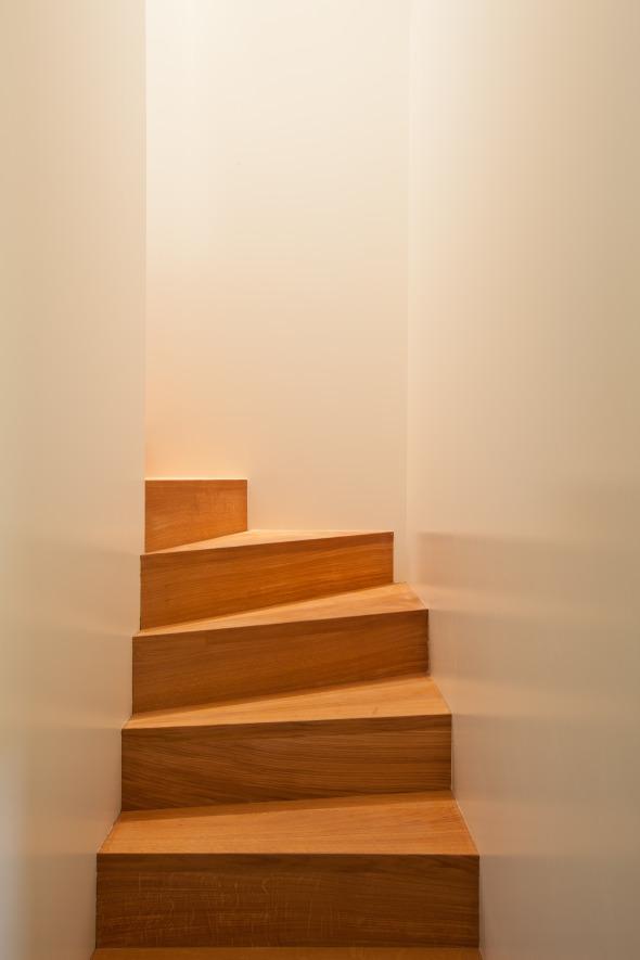 2-Zi-Whg Interne Treppe © ROT
